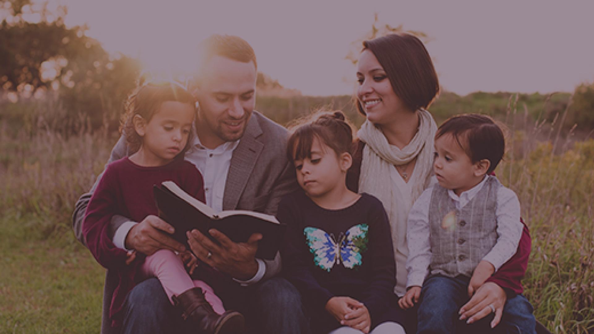 Artículos | Una familia cristiana es consciente de su identidad en Cristo